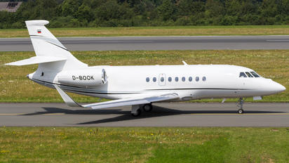 D-BOOK - Private Dassault Falcon 2000LX