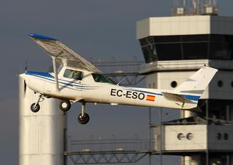 EC-ESO - Private Cessna 172 Skyhawk (all models except RG)