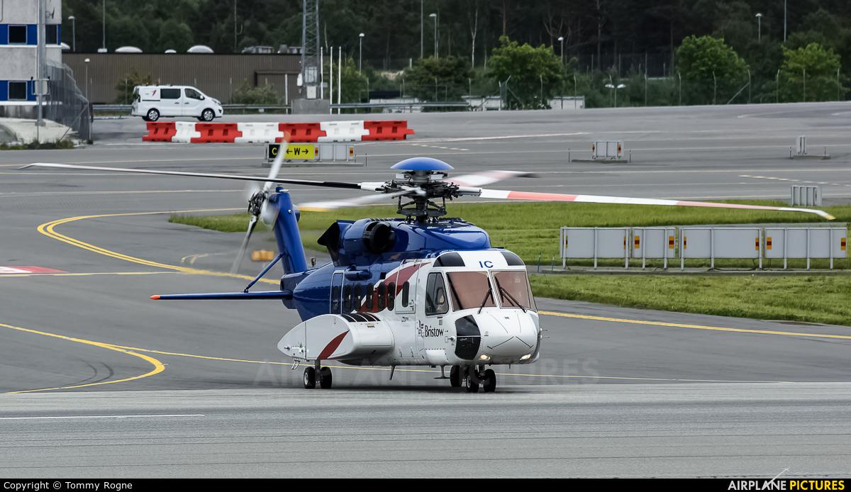 Bristow Norway LN-OIC aircraft at Bergen - Flesland