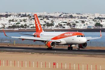 G-EZRD - easyJet Airbus A320