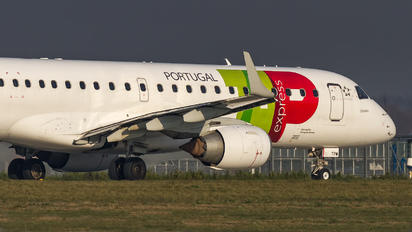 CS-TPW - TAP Express Embraer ERJ-190 (190-100)