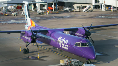 G-PRPJ - Flybe de Havilland Canada DHC-8-402Q Dash 8