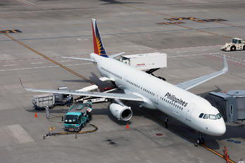 RP-C9914 - Philippines Airlines Airbus A321