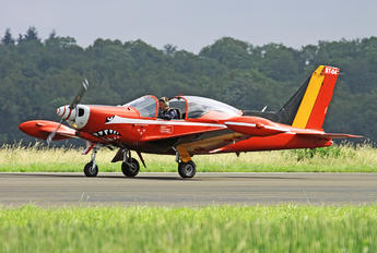"ST-04 - Belgium - Air Force ""Les Diables Rouges"" SIAI-Marchetti SF-260"