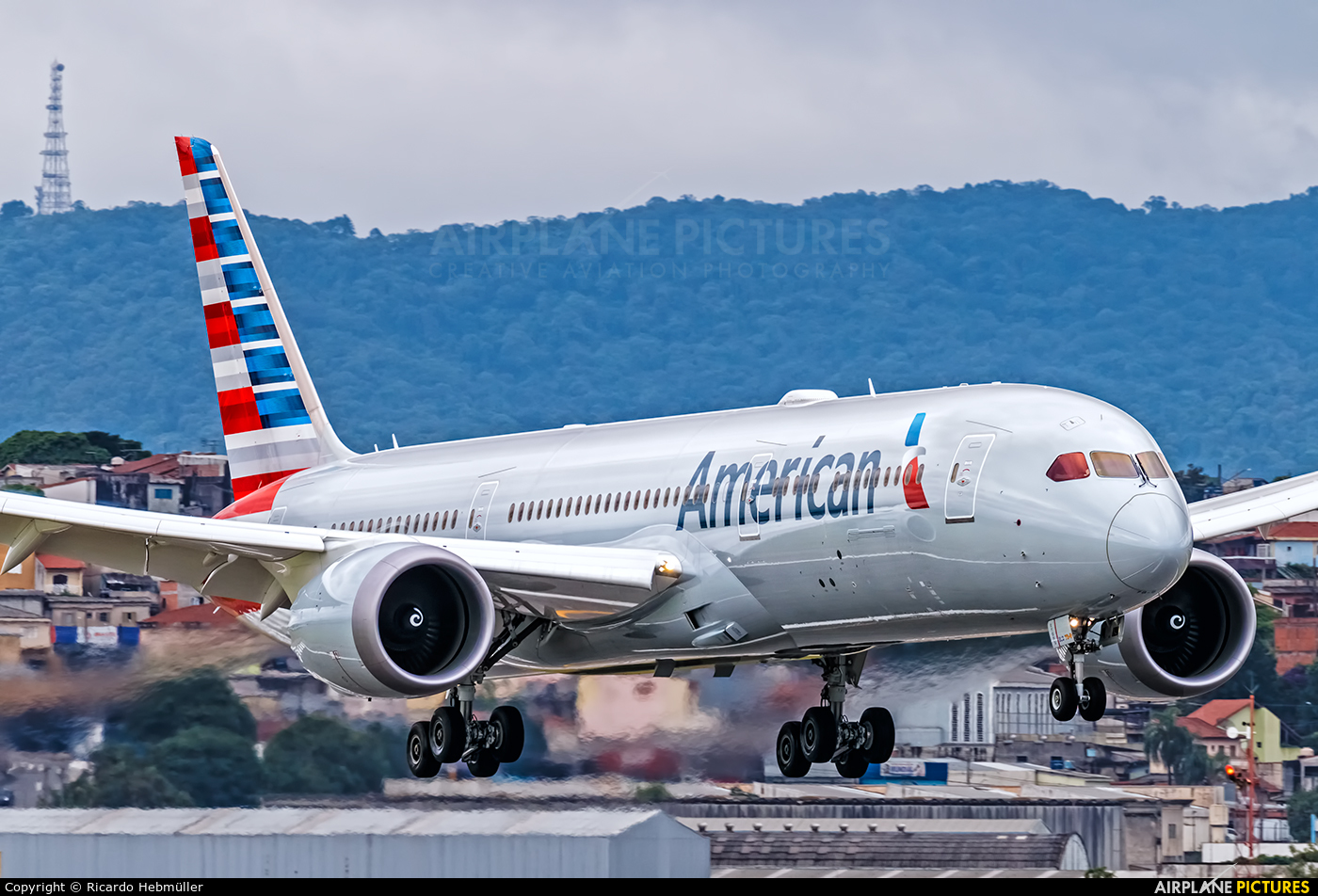 N823an American Airlines Boeing 787 9 Dreamliner At S 227 O