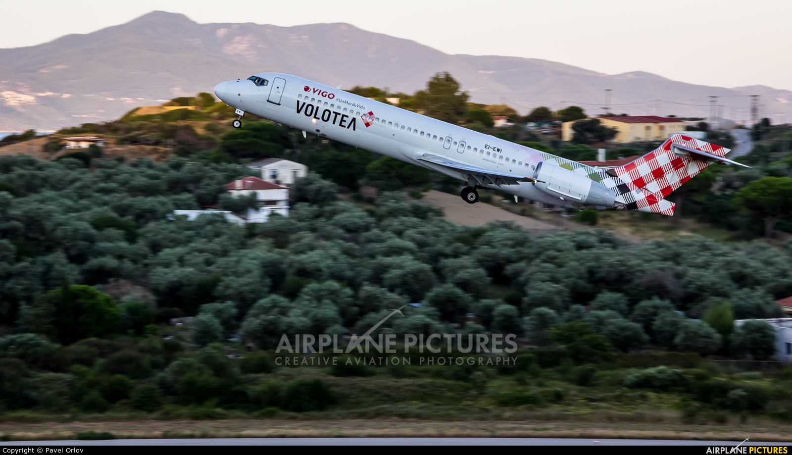 Volotea Airlines EI-EWI aircraft at Skiathos
