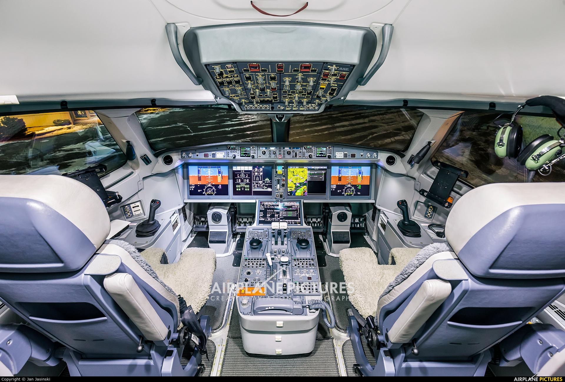 Bombardier C-FFDO aircraft at Ottawa - Macdonald-Cartier Intl, ON