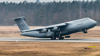 70-0451 - USA - Air Force Lockheed C-5A Galaxy