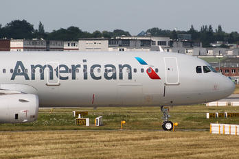 D-AZAH - American Airlines Airbus A321