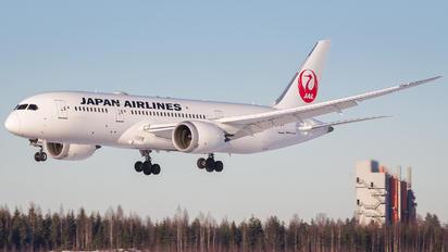 JA840J - JAL - Japan Airlines Boeing 787-8 Dreamliner