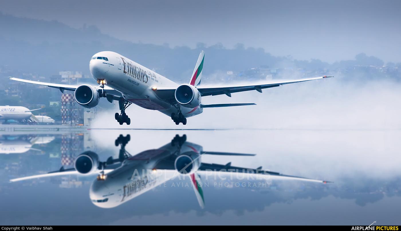 Emirates Airlines A6-EPJ aircraft at Mumbai - Chhatrapati Shivaji Intl