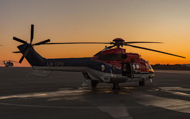 LN-OPH - Helicopter Services Aerospatiale AS332 Super Puma L (and later models)