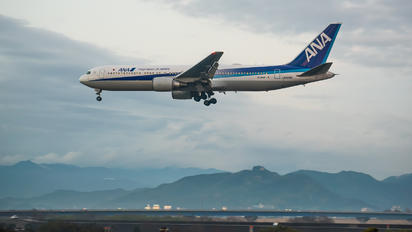 JA809A - ANA - All Nippon Airways Boeing 767-300ER