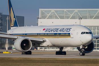 9V-SWL - Singapore Airlines Boeing 777-300ER