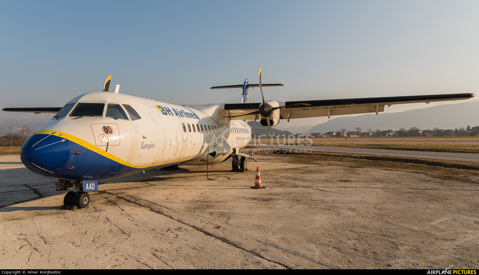 Air Bosnia - BH Airlines E7-AAD aircraft at Sarajevo - Butmir