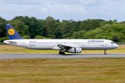 D-AIRM - Lufthansa Airbus A321 aircraft