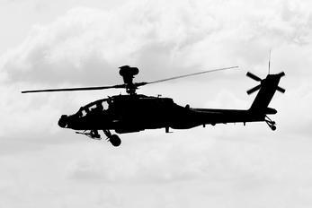ZJ182 - British Army Westland Apache AH.1