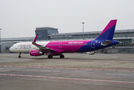 Wizz Air Airbus A321 HA-LXE at Warsaw - Frederic Chopin airport