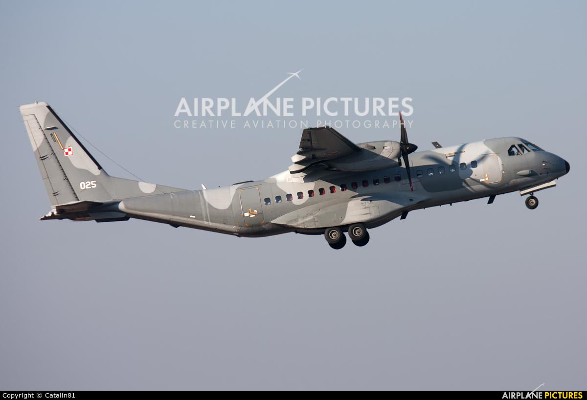Poland - Air Force 025 aircraft at Craiova