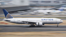 N782UA - United Airlines Boeing 777-200 aircraft