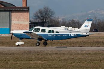 I-NEKI - Private Piper PA-32 Saratoga