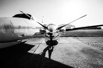 N321AV - Private Beechcraft 90 King Air