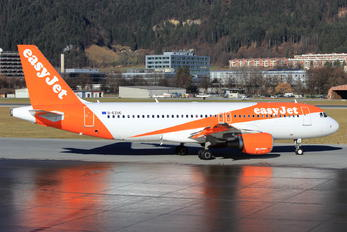 G-EZUC - easyJet Airbus A320
