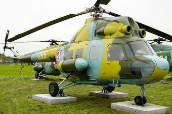 085 - Poland - Air Force Mil Mi-2