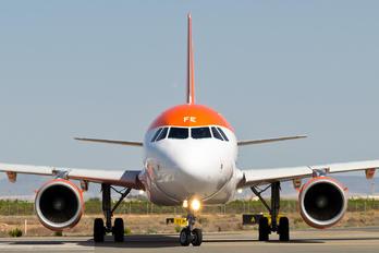 G-EZFE - easyJet Airbus A319