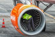 G-EZDC - easyJet Airbus A319 aircraft