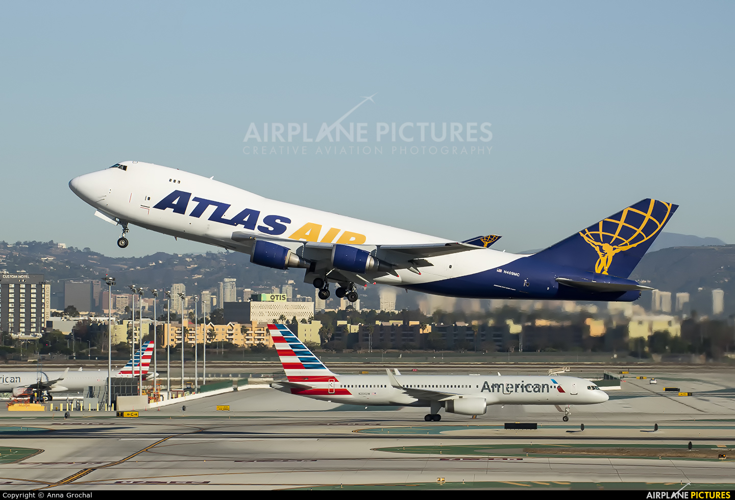 Atlas Air N409MC aircraft at Los Angeles Intl