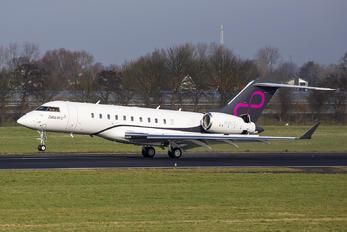 N880ZJ - Zetta Jet Bombardier BD-700 Global Express