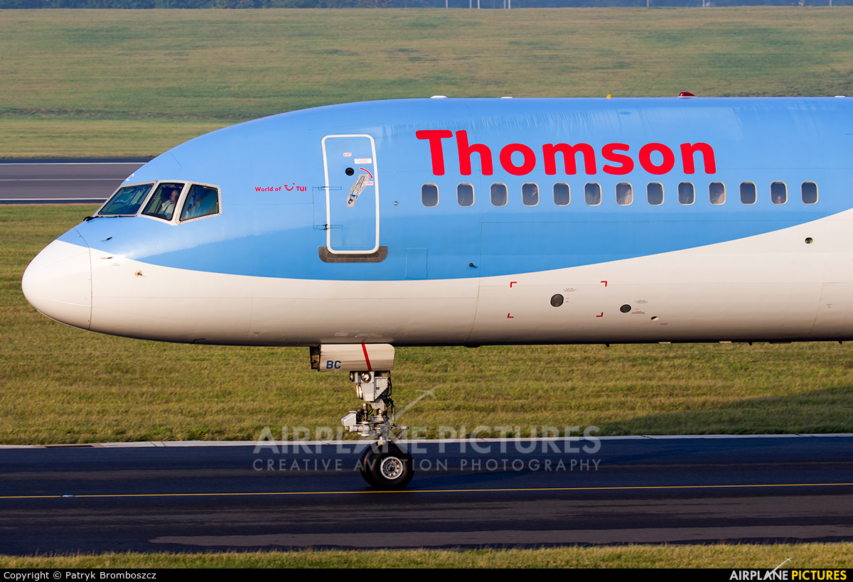 Thomson/Thomsonfly G-OOBC aircraft at Birmingham