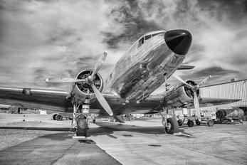 N26MA - Private Douglas DC-3