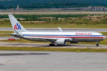 N39364 - American Airlines Boeing 767-300ER