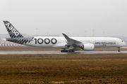 A350-1000 evacuation tests in Hamburg title=