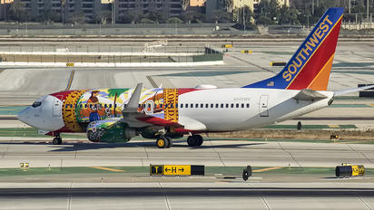 N945WN - Southwest Airlines Boeing 737-700