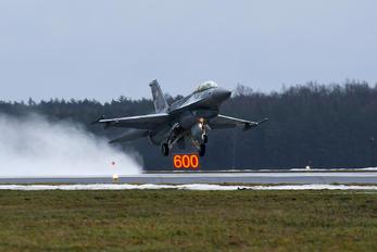 4086 - Poland - Air Force Lockheed Martin F-16D block 52+Jastrząb