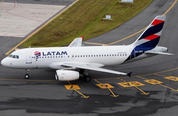 HC-CPZ - LATAM Airbus A319