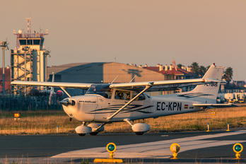 ECKPN - Private Cessna 172 Skyhawk (all models except RG)
