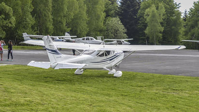 SP-FYI - Private Cessna 182 Skylane (all models except RG)