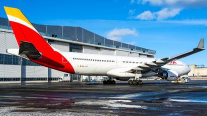 EC-LYF - Iberia Airbus A330-300