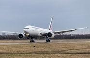 Rare visit of Air France 777 at Strasbourg title=