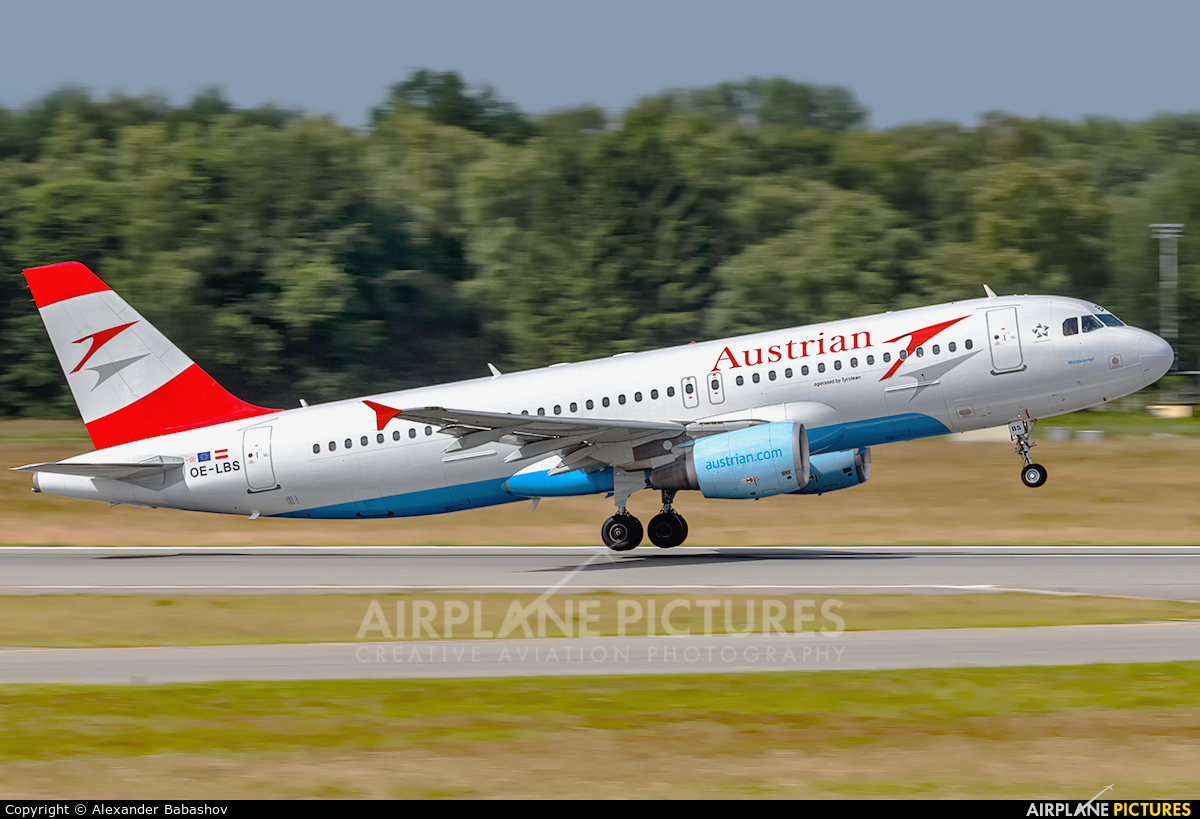 Austrian Airlines/Arrows/Tyrolean Airbus A320 OE-LBS