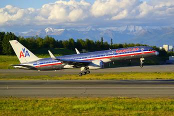 N679AN - American Airlines Boeing 757-200