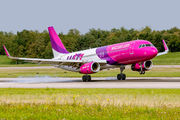 HA-LYG - Wizz Air Airbus A320 aircraft