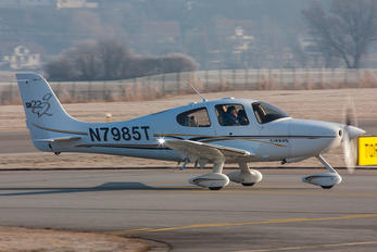 N7985T - Private Cirrus SR22