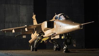 XX725 - Royal Air Force Sepecat Jaguar GR.3