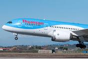 Special visit of Thomson Dreamliner at Verona title=