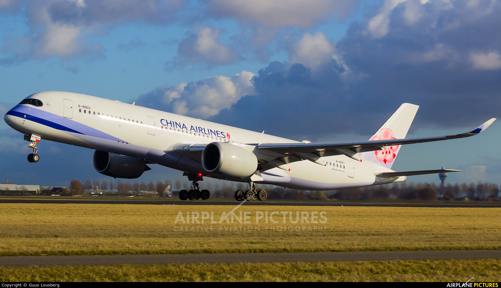 B-18903 - China Airlines Airbus A350-900 At Amsterdam - Schiphol